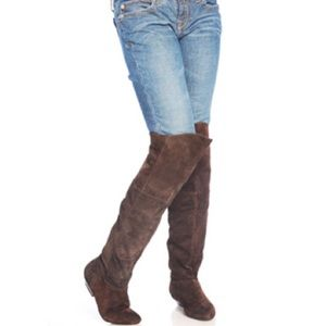 NEED TO SELL! CHINESE LAUNDRY OVER THE KNEE BOOT